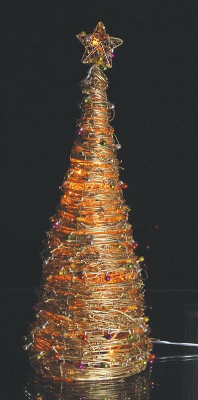 Fy 008 a22 30 natal artesanato de vime l mpada l mpada for Arbol navidad ratan